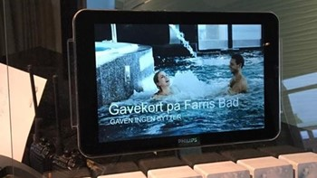 Plexiglass display for iPad profilering og gavekort
